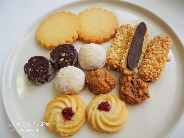 アディクトオシュクルの9周年記念クッキー缶&トートバッグセット